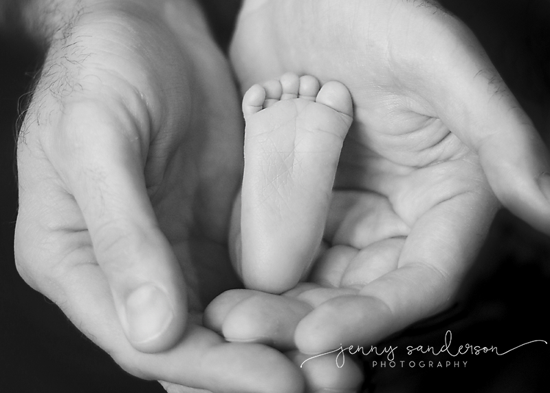 2016 baby foot, best newborn photographer in Park Ridge, IL, watermark